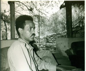 Issayas Aferworki in 1986 in the bush. Photo Koert Lindijer
